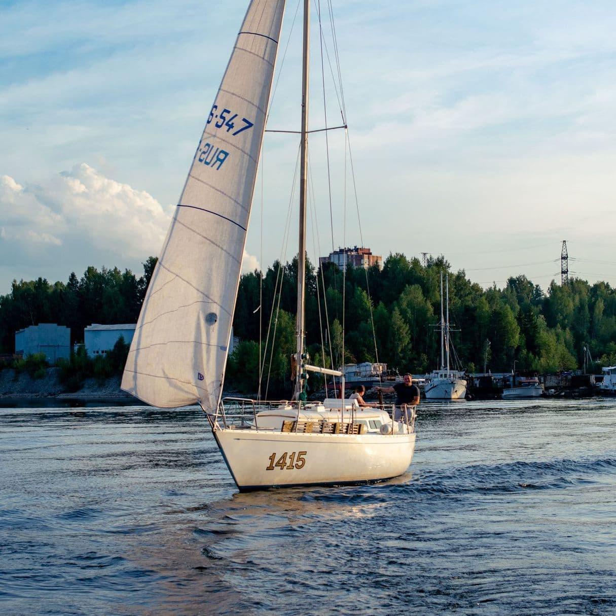 Яхта Афродита