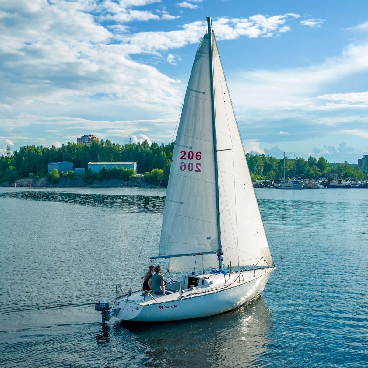 Забронировать яхту Селена | Пермь