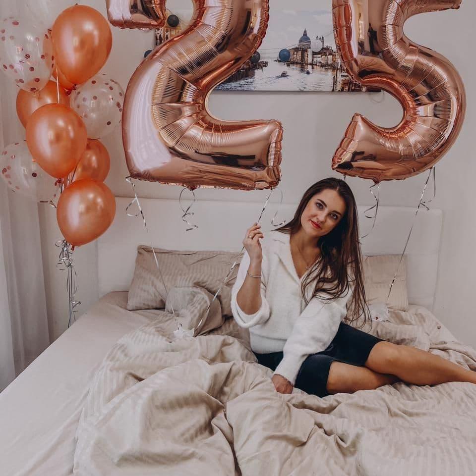 Шары розовое золото на 25 лет девушке